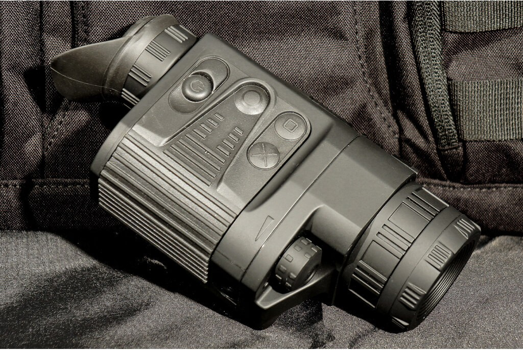 Image of Pulsar Quantum Lite XQ30V Thermal Imager