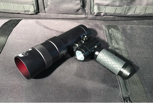 CoyoteLight Tactical Grip Light 300m Beam