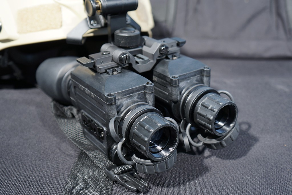 Image of FLIR Spark Core Dual Night Vision Goggle kit