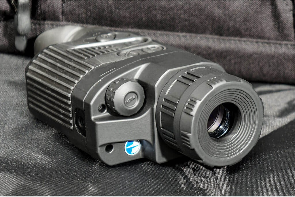 Image of Pulsar Quantum Lite XQ23V Hand Held Thermal Imager