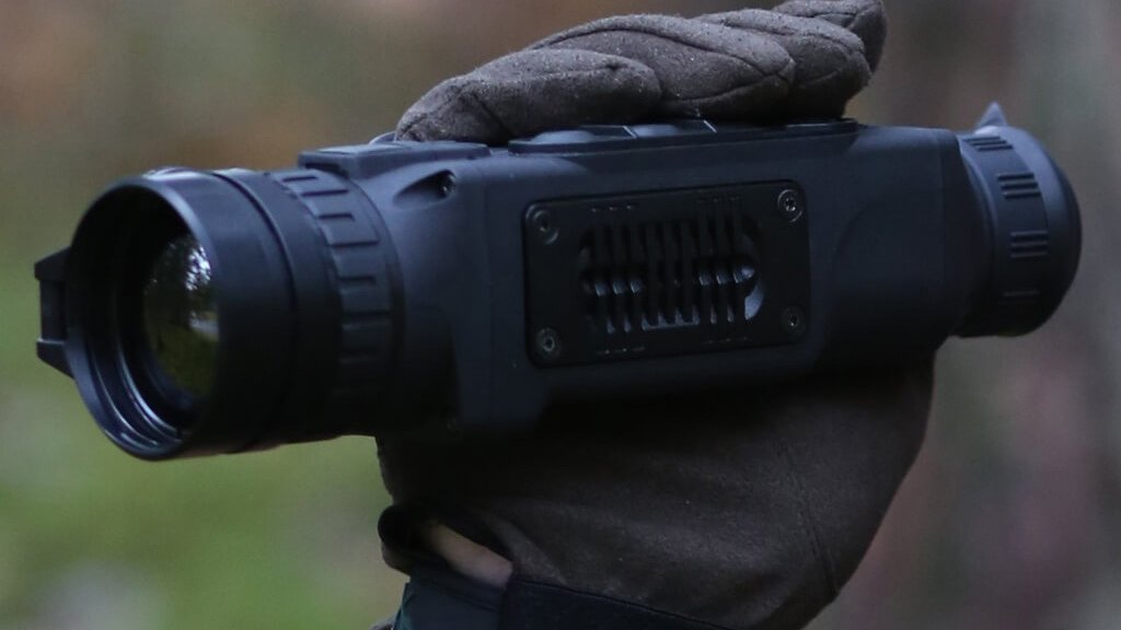 Comparing the Pulsar Helion XQ and XP Thermal Imagers